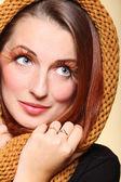 Autumn woman fresh girl glamour brown hair eye-lashes — Stock Photo