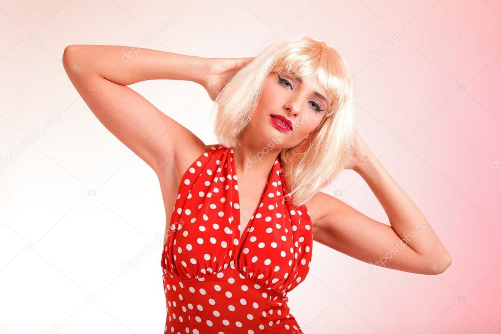 Young beautiful blond caucasian woman posing retro styling — Stock Photo #16978667