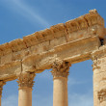 Ancient columns Palmyra, Syria — Stock Photo #17668287