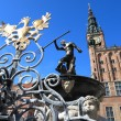 Neptune Fountain and city hall in Gdansk, Poland — Stok fotoğraf