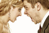 Wedding fury couple yelling, relationship difficulties — Stock Photo