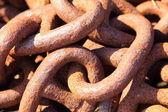 Closeup velkých rezavý řetěz odkazů — Stock fotografie