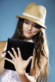 Girl with tablet computer ebook reader touchpad pc — Stock Photo