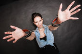 Criminal woman prisoner showing handcuffs — Stock Photo