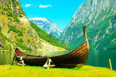 Tourism and travel. Mountains and fjord in Norway. — Foto Stock