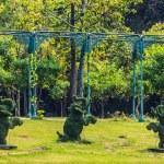 Topiary Elephants in Tropical Park, Bangkok, Thailand, Closeup. — Stock Photo
