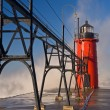 South Haven Lighthouse and Splashing Wave — Stock Photo