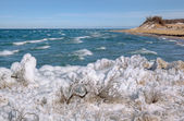 Invierno lago michigan en sleeping bear dunes — Foto de Stock