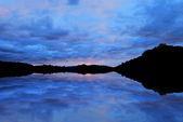 Twilight West Lake — Stock Photo