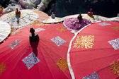 Paraguas rojo asiático — Foto de Stock