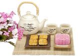 Moon cake two size with tea — Stockfoto