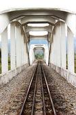 Gamla konkreta järnvägsbron — Stockfoto