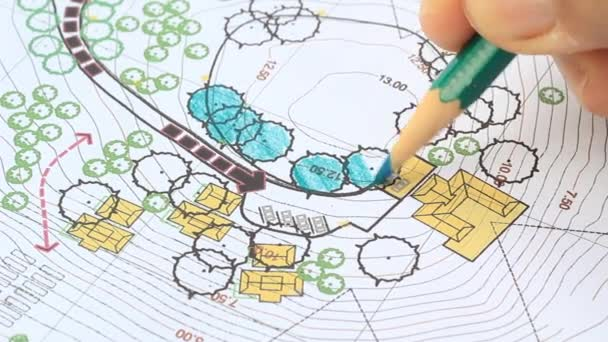 Arquitecto paisajista diseñar plan de análisis de sitio — Vídeo de stock