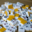 Playing mahjong dice on the table — Stock fotografie