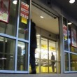 Automatic doors — Stock Video