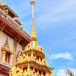 Beautiful entry in buddhist temple in Thailand — Stock Photo