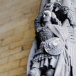 Medieval statue on gothic building in Grand Place of Brussels, Belgium — Stock Photo