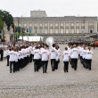 Belgian La Defense orchestra participates in yearly military parade during National Day of Belgium — Stock Photo