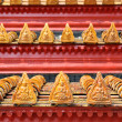 Beautiful roof of buddhist temple in Thailand — Stock Photo