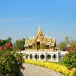 Buddhist temple in Thailand island Phuket — Stock Photo