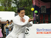 Unidentified performer show martial arts exercise during Asia & U festival — Stock Photo