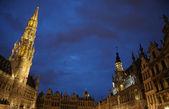 Night illumination of Grand Place in Brussels, Belgium — Stock Photo
