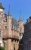 Narrow street in historical center of Antwerp, Belgium — Stock Photo