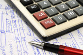 Pen, calculator, and project draft created especially for this image — Stock Photo