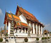 Beautiful temple in Bangkok, Thailand — Stock Photo