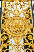 Gates decoration in Tuileries Gardens in Paris, France — Stock Photo