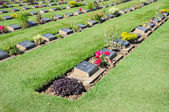 Cemetery of foreign POW of Death Railway in Thailand — Stock Photo