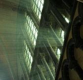 Beams of light coming from windows in church in Brugge, Belgium — Fotografia Stock