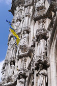 Medieval facade of city hall on Grand Place in Leuven, Belgium — Stock Photo