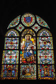 Stained glass window in Eglise St Germain l'Auxerrois — Stock Photo