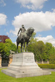 Statue of Belgian King Leopold II in historical center — Stock Photo