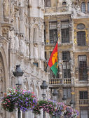 City hall and guild houses on Grand Place in Brussels — Stock Photo