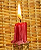 Wypalania czerwona świeca — Zdjęcie stockowe