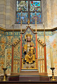 Statue of Mary in Saint Veronus Church in Lembeek — Stock Photo