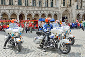 Police of Brussels participate in Plantation of Meyboom ceremony on Grand Place — Stock Photo