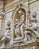 Statue of Saint Anne on Church of St. Mary Magdalene — Stock Photo