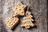 Christmas decoration. Gingerbread Cookies Hanging — Photo