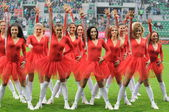 Wroclaw, POLAND - May 02: Match Puchar Polski between Wks Slask Wroclaw and Legia Warszaw, Cheerleaders in action on May 02, 2013 in Wroclaw, Poland. — Stock Photo
