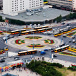Rush hour traffic on the Dmowskiego roundabout in Warsaw — Stock Photo