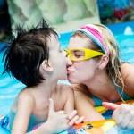 Holiday in aquapark — Stock Photo