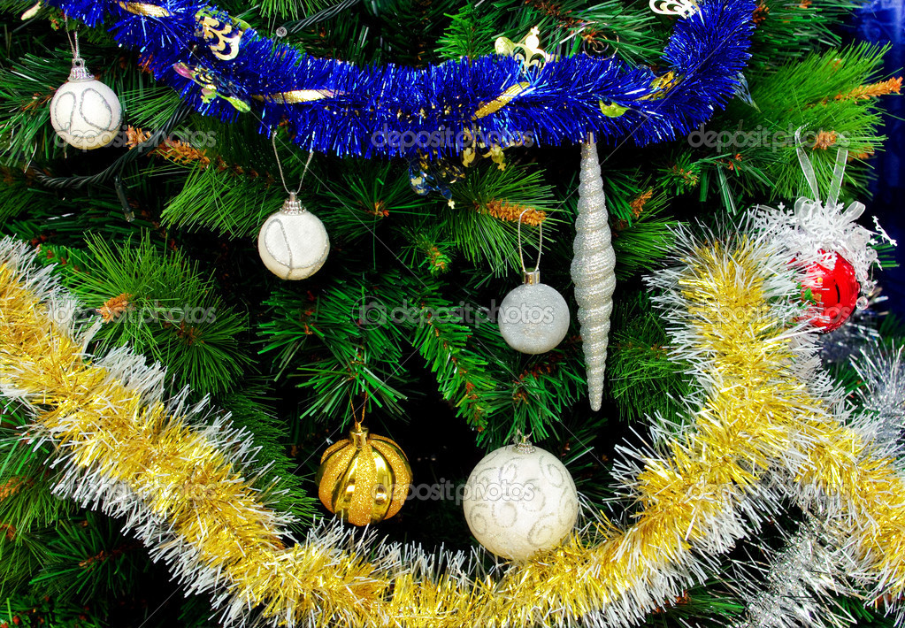 Decorated christmas tree close up — Stock Photo #12273749