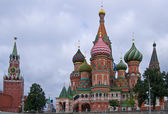 St. Basil cathedral on Red Square — Stock Photo
