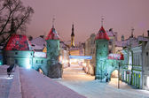Nighttime old city of Tallinn — Stock Photo