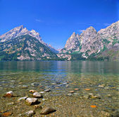 Jenny Lake and Teewinot Mountain — Stock Photo