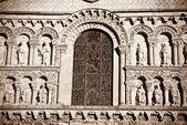ロマネスク様式の教会 — ストック写真