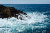 The sea and the rocks — Stock Photo